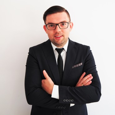 radca-prawny-Dawid-Bugajski1.jpg
